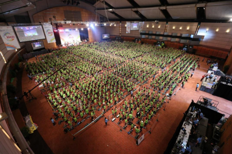 Participants demonstrated great enthusiasm and collaborative spirit in breaking a Guinness World Record by doing step ups simultaneously for over five minutes non-stop.